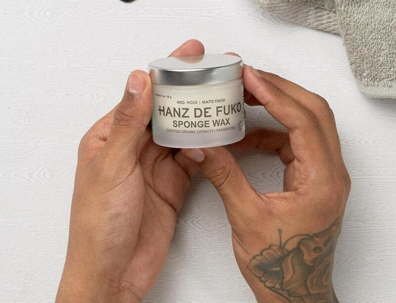 Sáp vuốt tóc Hanz De Fuko Sponge Wax (giá 500K)