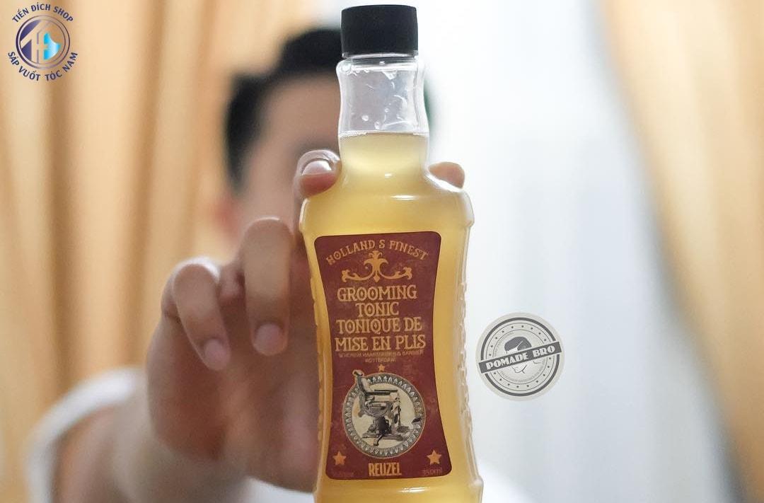 tạo độ phồng cho tóc bằng reuzel grooming tonic