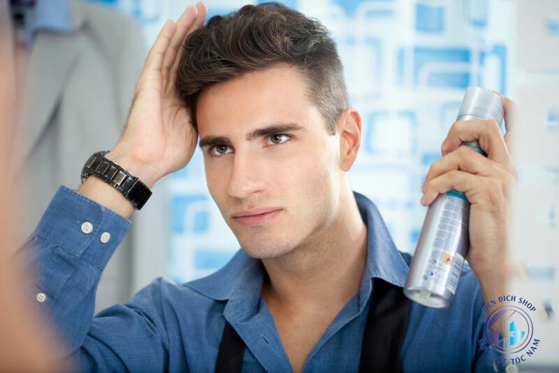 Hướng dẫn dùng xịt tạo phồng tóc nam